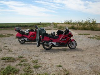 My bike is in Kansas, Jeffs is in Nebraska - what lovely roads and scenery